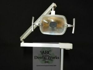 Adec 6300 Post Mount Dental Operatory Light 2 Inch old Style Reflector 95