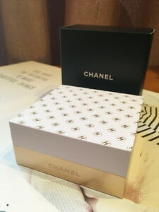 Chanel Beauty Memo Pad Desk Stationery With Gold Metal Base W Box