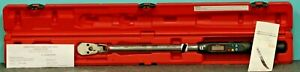 Mac Tools 1 2 Drive Electronic Angle Torque Wrench Cap 15 250 Ft Lbs Twva250fd