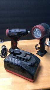 Snap On Ct4410a Versa Volt 3 8 Drive 14 4v Nicd Cordless Impact Charger Light