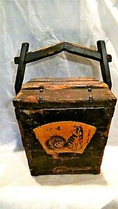 Antique 18c Japanese Wood Carved Storage Box W Painted Medallions Of A Cats