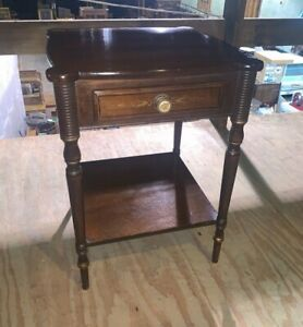 Vintage Hitchcock Furniture End Side Accent Table Bedroom Nightstand