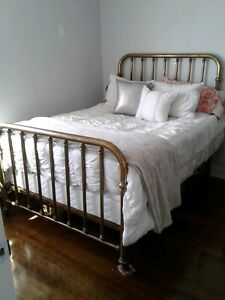 A Vintage Solid Brass Full Size Bed Frame With New Mattress Pick Up Only Offers