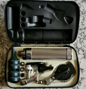 Vintage Medical Welch Allyn Otoscope Set With Case