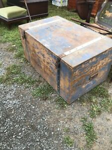 Antique American Blanket Chest Trunk Hartford Conn Old Blue Paint