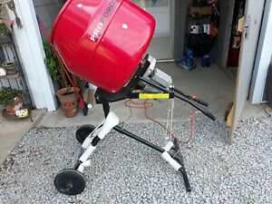 Portable Pro Force 2 5 Cu Ft Cement Mixer Great Used Condition