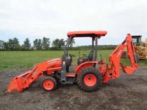 2017 Kubota B26 Tractor loader backhoe 4wd Hydro R4 Tires 26hp 190 Hours