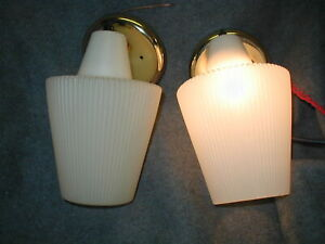 2 Pair Vtg Mcm 60s Gold Wall Light Fixture Sconce Plastic Shade Vanity Bedroom