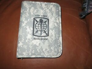 Acu Digital Camo Planner 3 ring Camo Organizer Zip Closure 500th Mi Bde