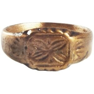 Ancient Byzantine Woman S Ring 8th 12th Century Ad