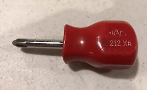 Mac P212xa 2 Phillips Head Stubby Screwdriver Red Hard Handle