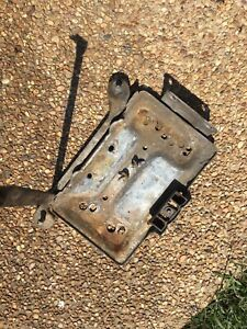 95 96 97 Ford F 250 350 450 7 3 Powerstroke Diesel Battery Tray Left Driver Oem