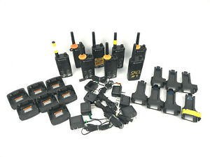 Lot 8 Motorola Rm Rmu2040 2w 4 Channel Uhf Two Way Business Radio W Chargers