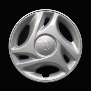Toyota Tundra 2000 2006 Hubcap Genuine Factory 16in Oem 61108 Wheel Cover