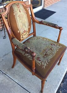Antique 1700 S 1800 S Victorian Needlepoint Pine Chair