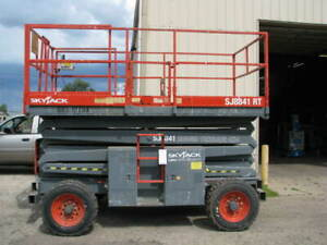 Look Skyjack Sj8841rt 4x4 Scissor Lift