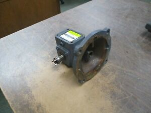 Boston Gear Reducer F7105b5g Ratio 5 1 0 6hp In 99 In lb Torque Out Used