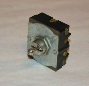 nos A h h Vintage 2 Position 80983 1 Reversing Toggle Switch 5a 250v 10a 125