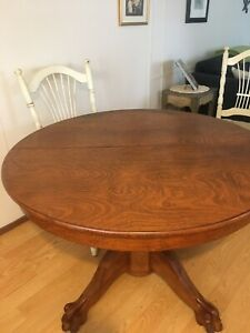 44 Antique Oak Round Claw Foot Table