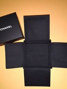 Chanel Big Earring Box With Velvet Storage Dust Bag Pouch