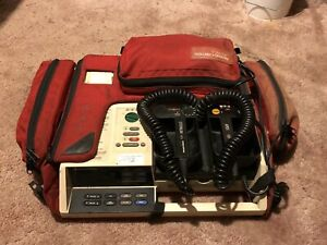 Physio control Lifepak 10c With Carrying Case And Pediatric Paddle Adapter