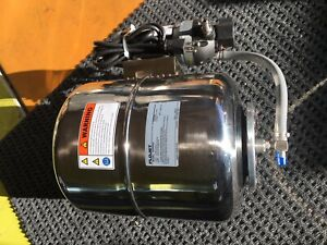 Flojet Water Booster Pump Model 02830000 Pump 03710544 115 Volts Tank 4 Gallon