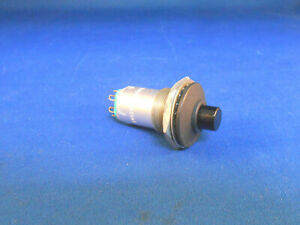 W1501 Eaton Push Switch 120 0 Ac 28 0 Dc New Old Stock