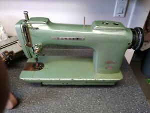 Vintage Consew 220 Industrial Sewing Machine For Leather upholstery