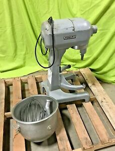 Hobart 20 Quart Planetary Mixer A 200 Donut Bakery Mixer With Attachments