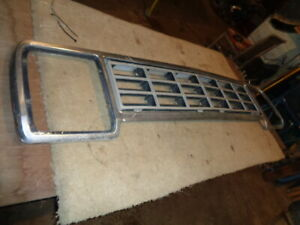 1981 1982 1983 1984 1985 Dodge Ram 150 250 350 Ramcharger Grille Insert Shell