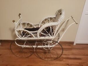 Vintage Victorian Wicker Baby Or Doll Carriage Stroller With Spring Action