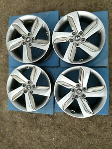 Set 4 Hyundai Veloster Wheels With Inserts 18 Inch Oem Rims 2013 2015 529052