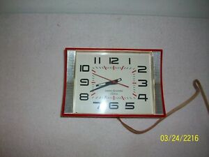 Kool Vintage Ge Telechron Red Aluminum Modern Era Kitchen Wall Clock Working