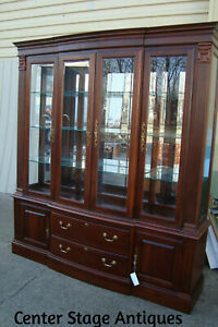 00001 Pennnsylvania House 2 Piece Breakfront China Cabinet Curio