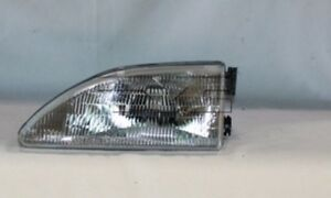 Left Headlight Assembly For 1994 1998 Ford Mustang 1995 1996 1997 Tyc
