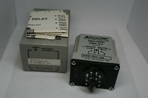 Industrial Controls Signaline 339 24 10 On off Delay Timer P n 98a00448 05 new