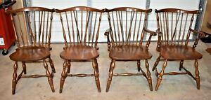Vintage Set Of 4 Pa House Windsor Dining Chairs