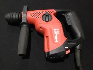 Hilti Te 7 Rotary Hammer Drill With Case
