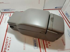 2000 2003 Buick Lesabre Front Center Console Oem Armrest Gray Grey Leather 12 5