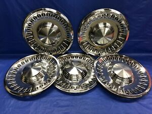 Vintage Set Of 5 1961 Plymouth 14 Hubcaps Fury Belvedere Suburban