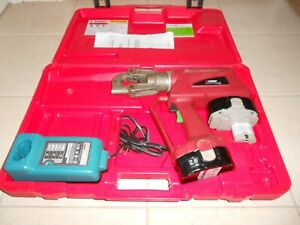 Burndy Pat 600 Hydraulic 6 Ton Electrical Connector Crimper Huskie Greenlee