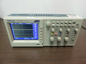 Tektronix Tds 2001c Two Channel Digital Storage Oscilloscope 50 Mhz 500 Ms s