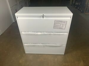 Hon 30 3 Drawer Lateral Filing Cabinet White