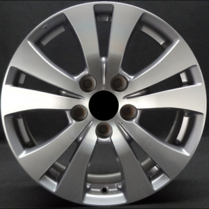 Honda Odyssey 2014 17 17 X 7 Machined Silver Oem Wheel Rim Tk817070b 64057