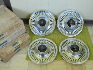 Nos 74 75 76 77 78 79 Oldsmobile Hubcaps 14 Set Of 4 Wheel Covers Olds Hub Caps