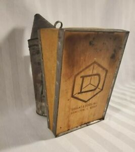 Vtg Bee Hive Smoker Dadant Sons Inc Leather Bellows Nice Compression