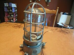 Vtg Killark Explosion Proof Light Complete Fixture Vag 100 With Electrical Box