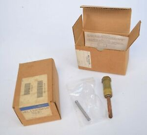 New Lot Of 2 Johnson Controls Wel11a 601r Bulb Well Assembly 1 2 Npt