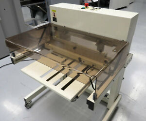 Bourg Bst Collator Stacker Td t C p Bourg Criss cross Straight stack