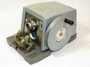 Lab Equipment Ao American Optical 820 Spencer Rotary Microtome W Blade Holder